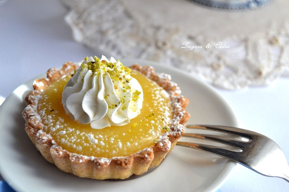 crostatine con lemon curd