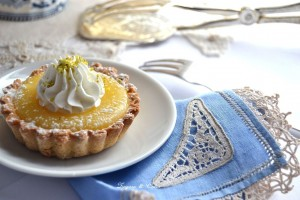 crostatine con lemon curd