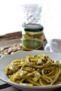 Linguine al pesto di pistacchio Pennisi