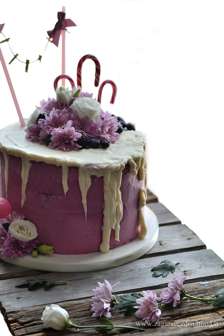 torta fiori e frutti