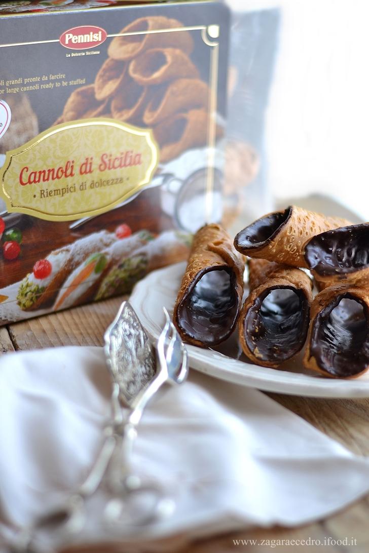 cannoli-variegati-al-caffe