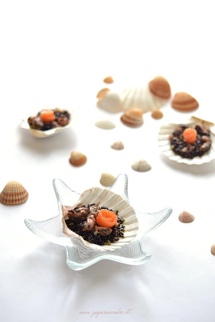 riso venere con frutti di mare e pesto di pistacc