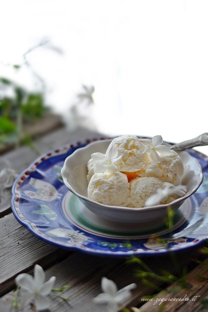 gelato al gelsomino