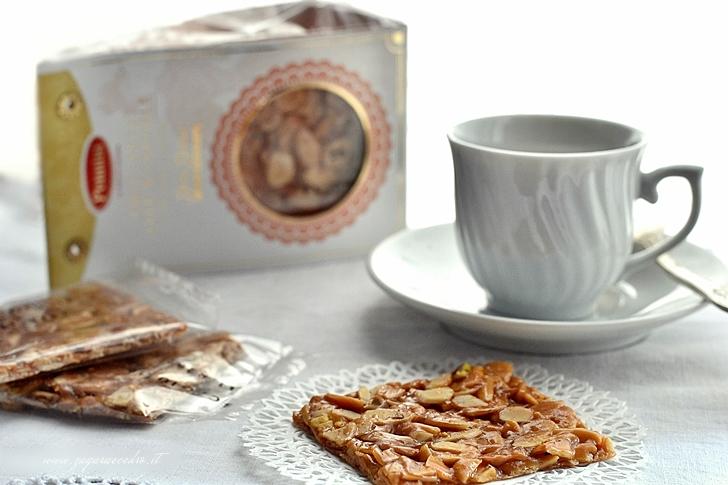 bignè al caffè con croccante di mandorla