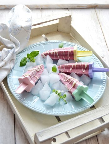 popsicles di frutta e yogurt
