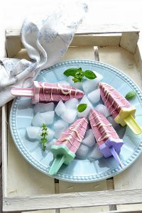 popsicles di frutta e yogurt