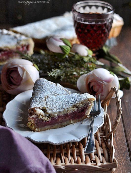 crostata mele fragole e pistacchio